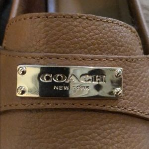NWOB Coach Tan Pebble Leather Loafers